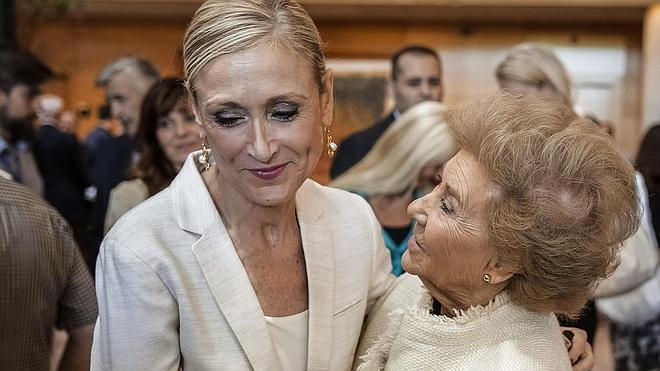 Cifuentes es investida presidenta de Madrid con los votos de PP y Ciudadanos