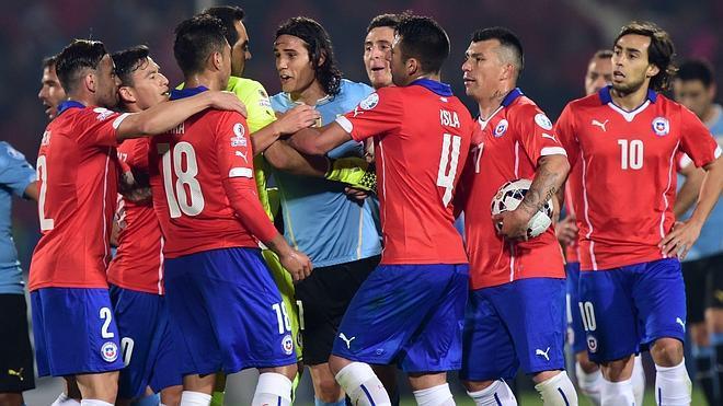 La doble cara del fútbol chileno