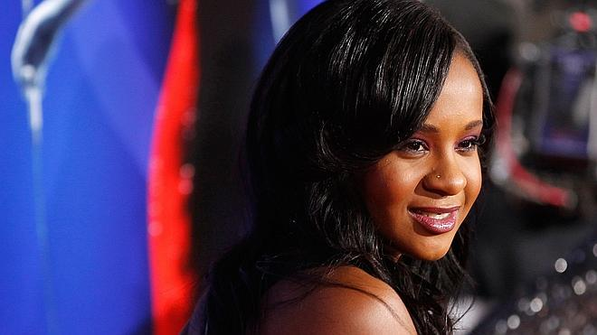 Fallece la hija de Whitney Houston tras varios meses en coma