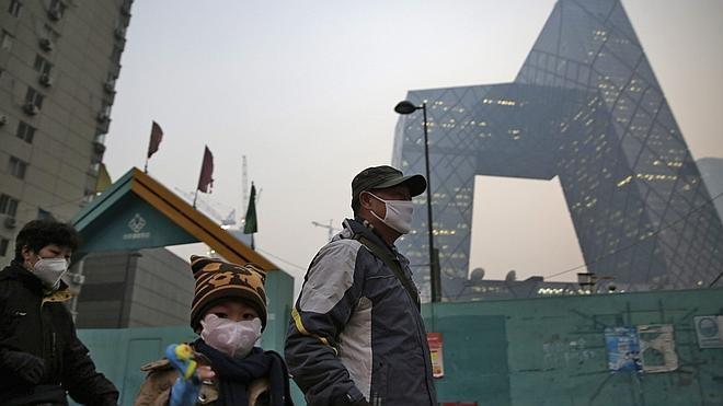 Pekín emite su primera alerta roja por contaminación