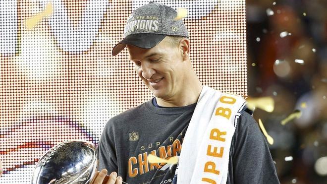 El 'sheriff' Manning prolonga su leyenda