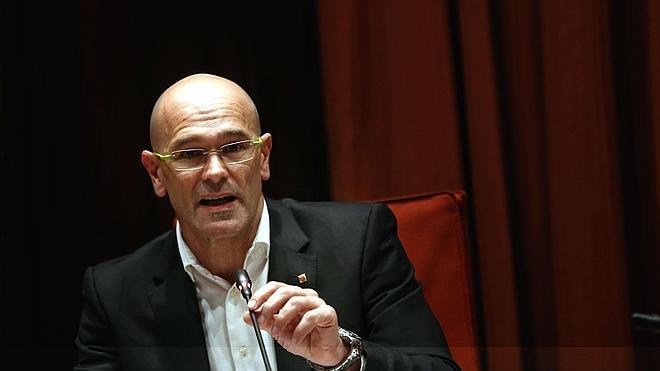 La Generalitat proclama que con la Consejería de Exteriores ya tiene la primera estructura del futuro Estado independiente