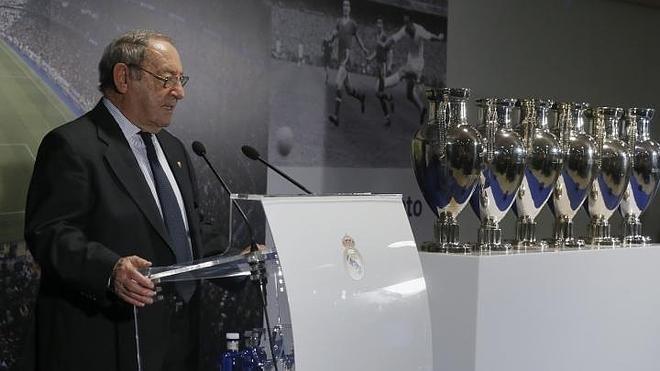 Gento cede su patrimonio deportivo al Real Madrid