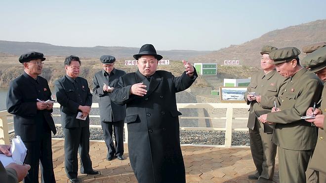 Seúl acusa a Corea del Norte de lanzar un misil balístico submarino
