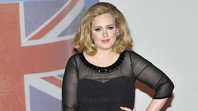 Adele firma un contrato millonario con Sony