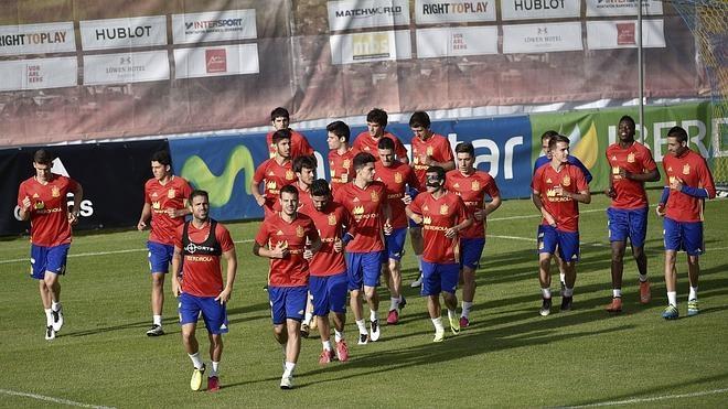 Lucas Vázquez será el número 9 de España