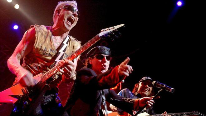 Scorpions inaugura el Muro de la fama del Barclaycard Center