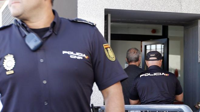 El 'Dioni' de Almensilla declara ante el juez por estafa urbanística