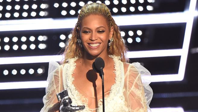 Beyoncé, la reina de los premios MTV