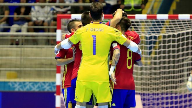 España se impone a Kazajistán y accede a cuartos de final