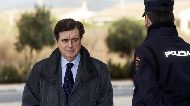 La Fiscalía pide un año y tres meses de cárcel para Matas por contratar 'a dedo' a Calatrava