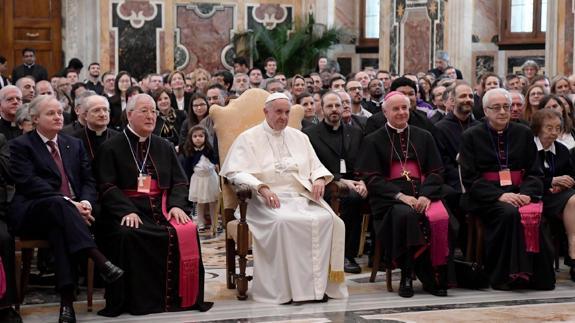Pablo Matrimonio Biblia : El papa francisco afirma que lutero llevó la biblia al pueblo hoy
