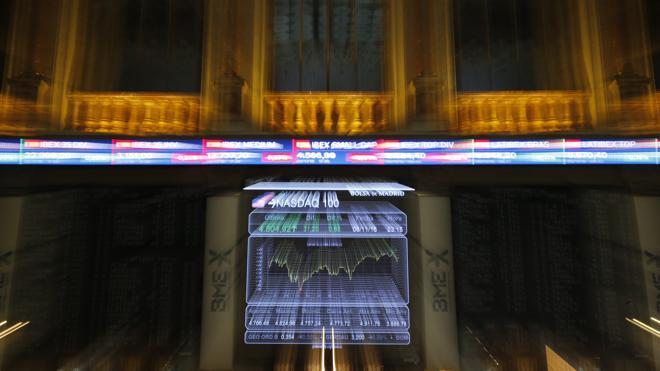 El Ibex-35 vuelve al rojo pese al récord del Dow Jones