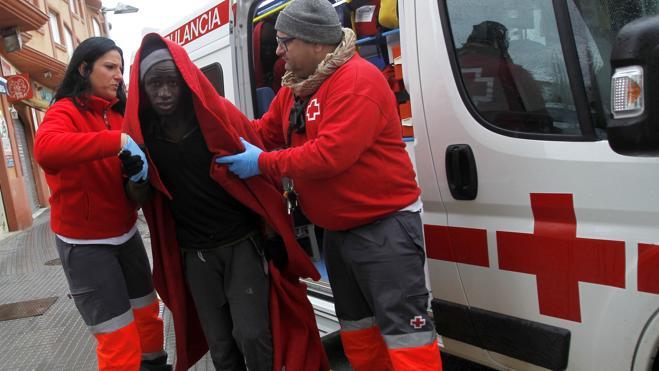 Rescatan a 72 inmigrantes frente a las costas españolas