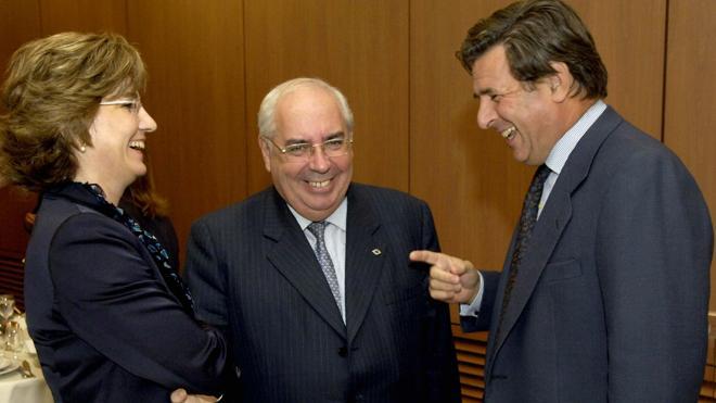 El diplomático Carlos Bastarreche sustituirá a Trillo en la Embajada en Londres