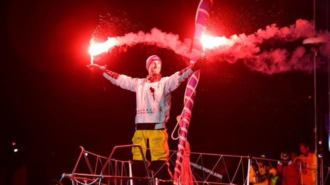 El francés Le Cléac'h triunfa con récord en la Vendée Globe