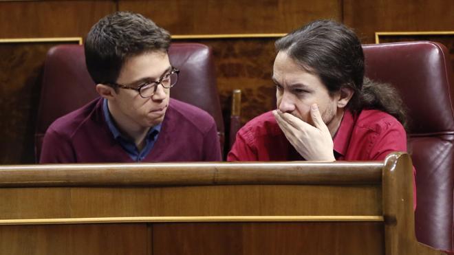 Errejón, relegado a la segunda fila del Congreso