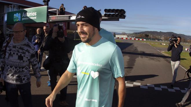 Alonso reestrenará el McLaren este lunes