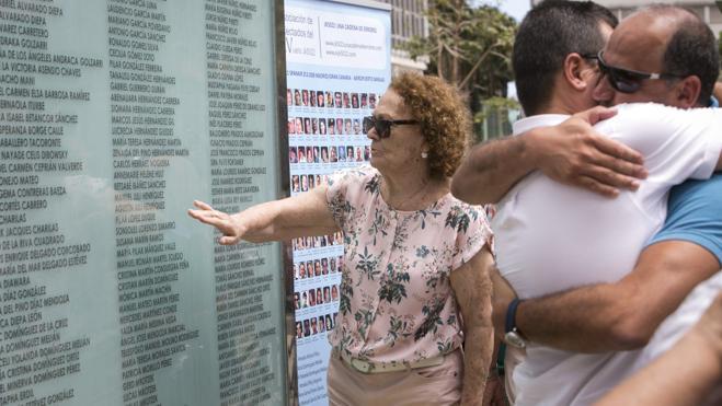 Víctimas de Spanair piden al obispo de Canarias que las olvide, indignadas por su carta