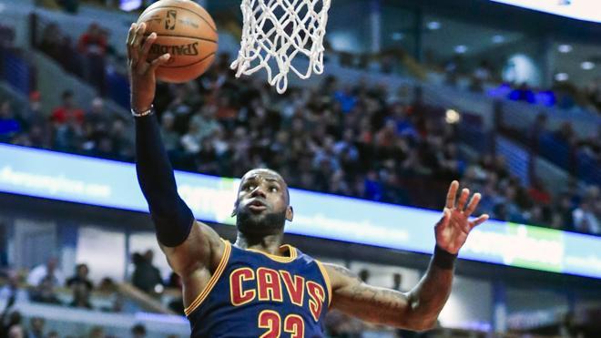 LeBron James es ya el séptimo máximo anotador de la historia