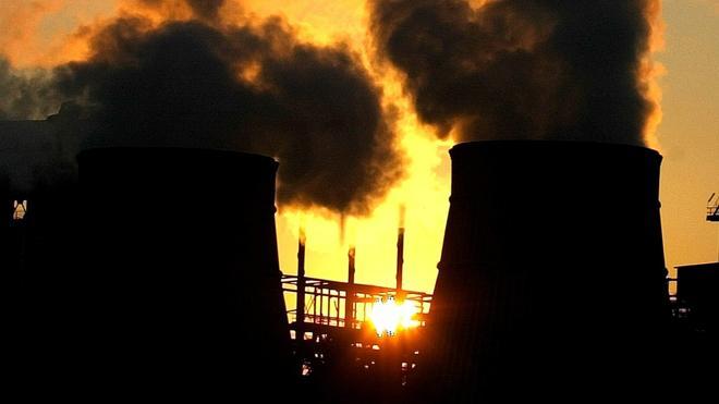 Las emisiones de CO2 subieron en España un 14% desde 1990 mientras descendían un 19% en Europa