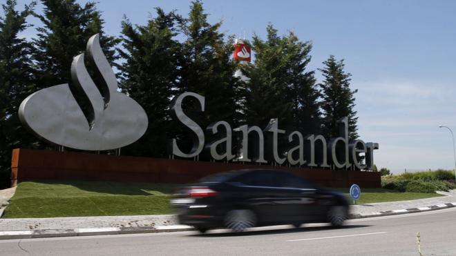 El juez De la Mata investiga a diez directivos del Santander y de BNP por blanqueo