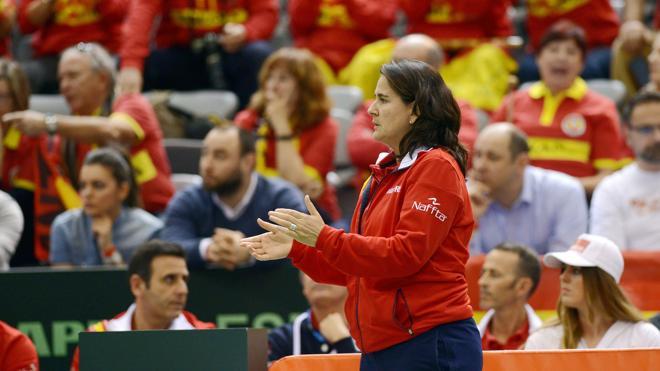 Conchita: «Hay que respetar la decisión de Roland Garros de no invitar a Sharapova»