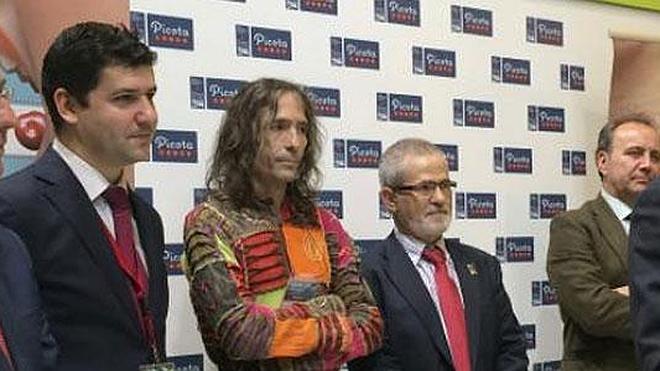 Robe Iniesta recoge el premio Picota del Jerte