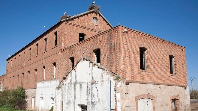 El PSOE cree que rehabilitar la harinera es propaganda