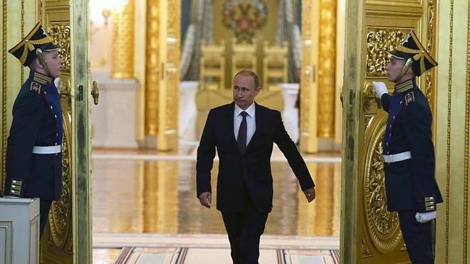 Putin culmina la anexión de Crimea a la Federación Rusa