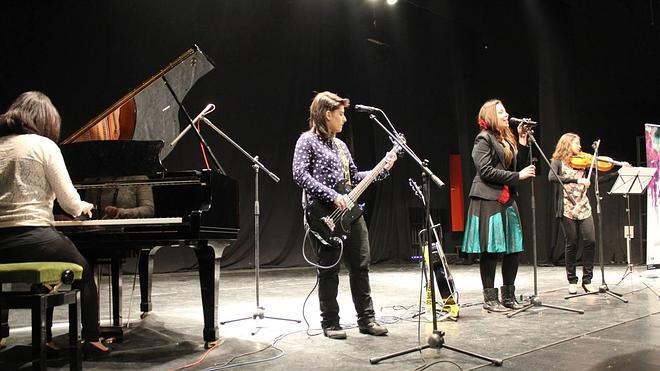 'Descalzas', la música por mujeres