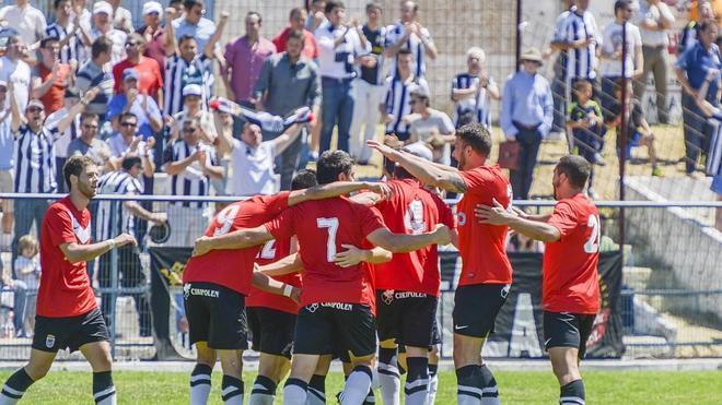 El Badajoz cruza otra meta