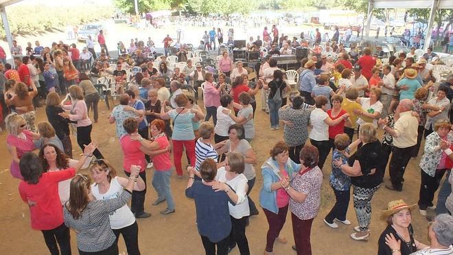 El Día de la Comarca congregó a unos 1.800 vecinos en Entrerríos