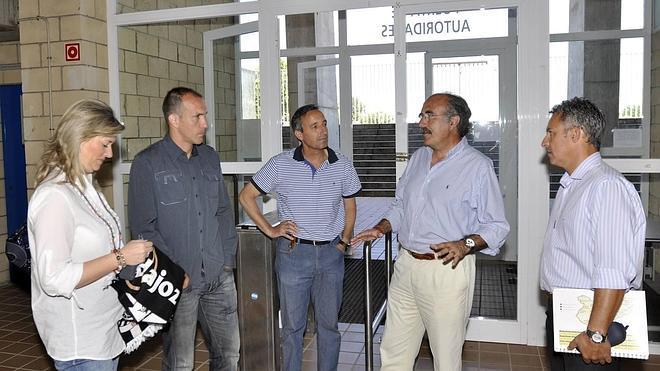 El Badajoz CF saldrá en Tercera con nuevo nombre y colores y como vivero para jóvenes