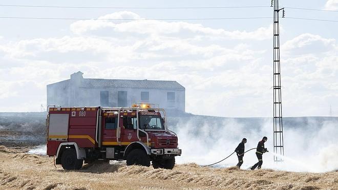 Bomberos extremeños piden una ley regional del fuego