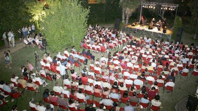 Sylvia Howard ofrece un concierto en el Pedrilla