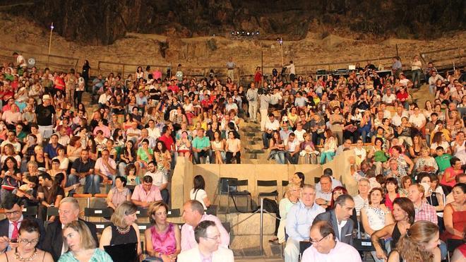 Noche mágica en el teatro de Medellín
