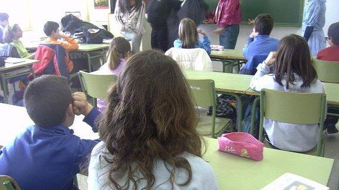 Un total de 217 niños acuden el viernes a clase por primera vez