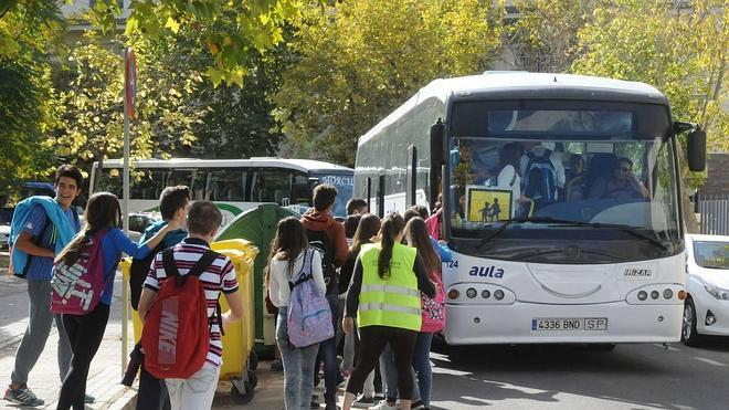 El transporte escolar se reduce un 26% en el Presupuesto 2015