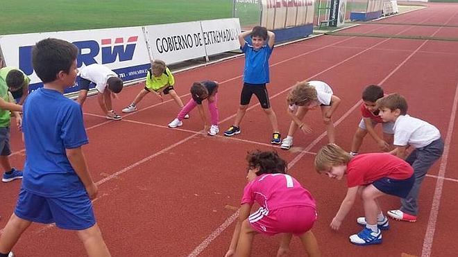 Miniolimpiadas de atletismo en Villanueva