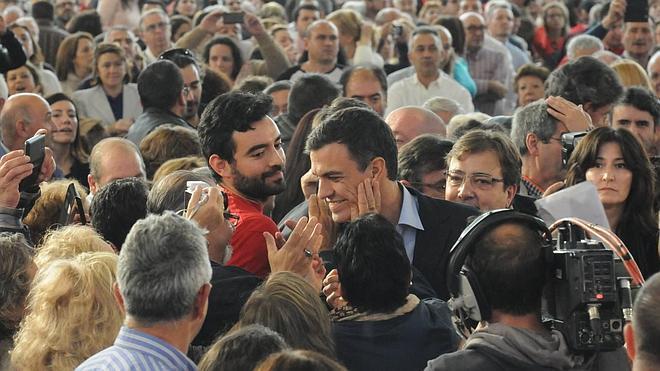 """Pedro Sánchez: En Extremadura """"hay hambre de cambio"""""""
