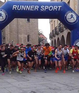 La carrera de Navidad reúne a 1.100 atletas