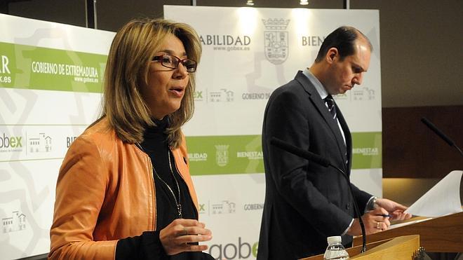 La Junta mantiene la ecotasa y amenaza con subirla por el fallo del Constitucional