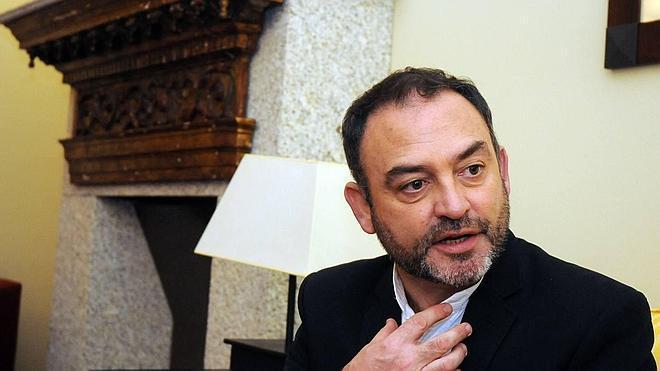 Jesús Sánchez Adalid reflexiona sobre la figura del mediador en su nueva novela