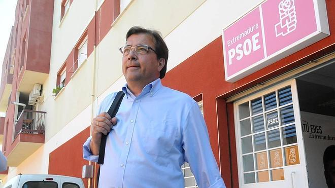 Vara mantiene los primeros contactos con Ciudadanos y Podemos