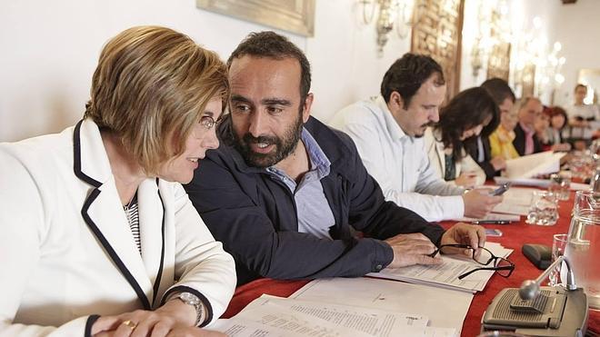 Nueve de cada 10 concejales en la provincia son para PSOE o PP
