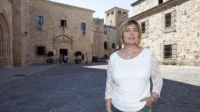 La presidenta de la Diputación de Cáceres estará al frente de Feval