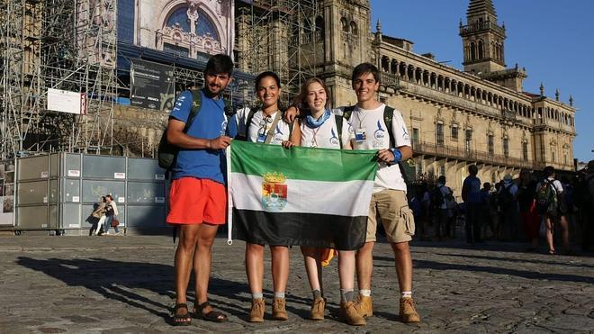 Tres extremeños de la Ruta BBVA culminan su peregrinaje en Santiago de Compostela