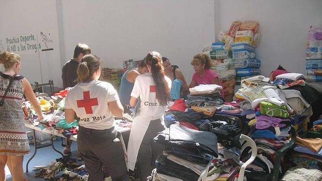 Mil personas evacuadas en Hoyos en el tercer desalojo nocturno en la comarca