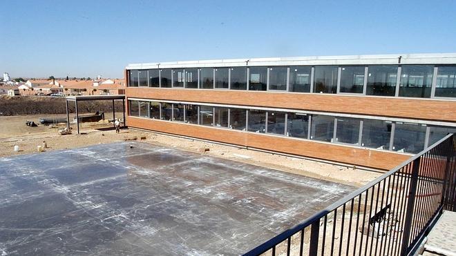 Educación ofrece otros centros a los alumnos que se han quedado sin FP en Gévora